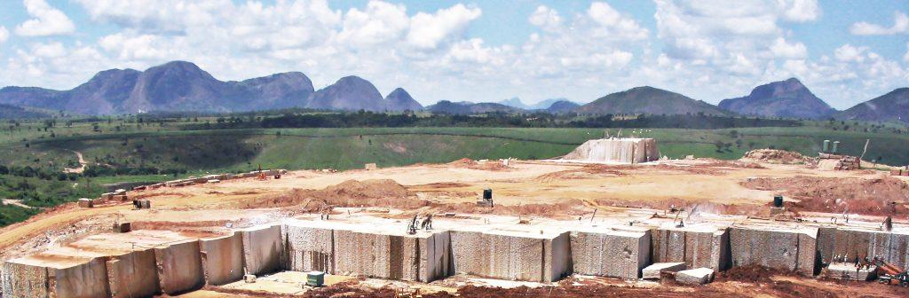 brazil-feb-2005-giallo-ven-quarry-033